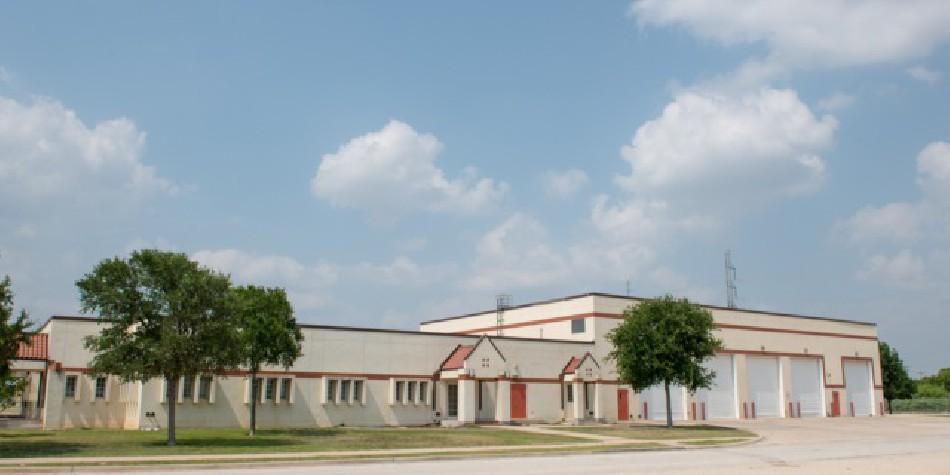 Port San Antonio - 602 Dunton