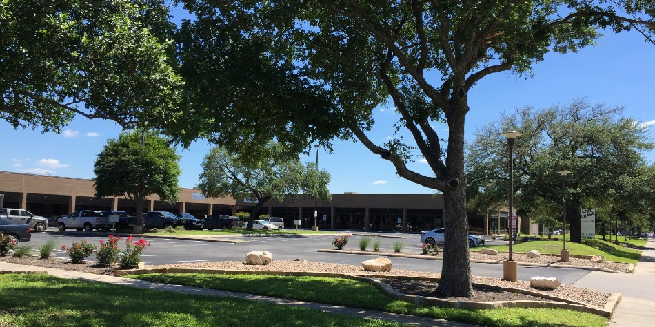 Featured Listing: Northwest Business Center