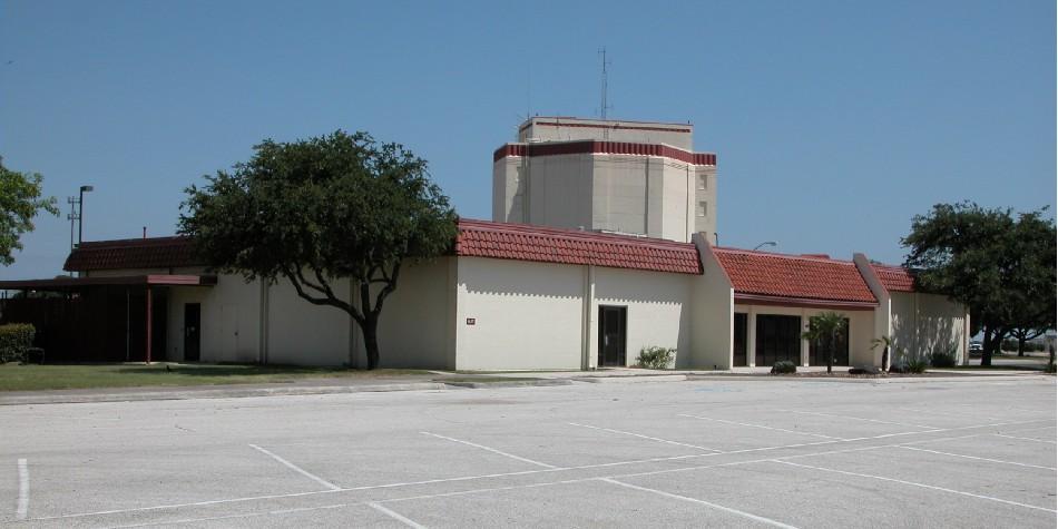 Port San Antonio - 401 Lombard Dr.